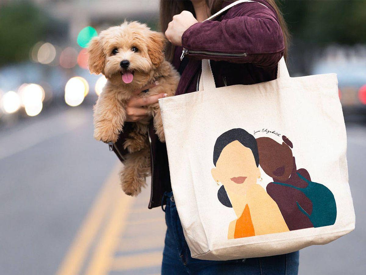 Foto: Tote bag, el complemento perfecto para usar a diario (Anne Elizabeth para Unsplash)
