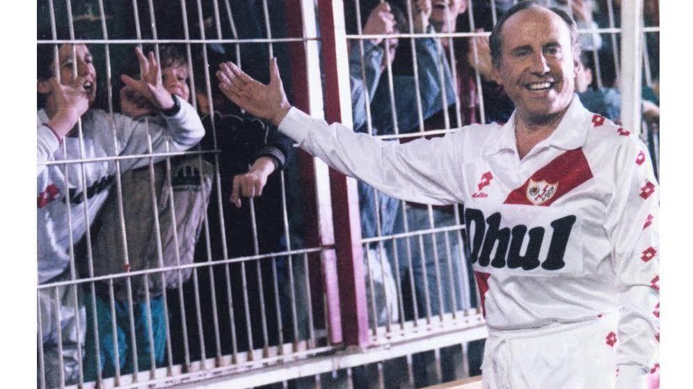 Foto: José María Ruiz-Mateos, con la camiseta del Rayo.