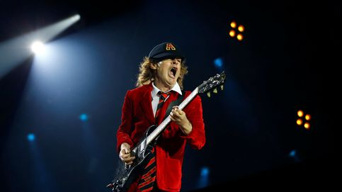 Angus Young (AC/DC) dona 15.000 dólares a un fan contra el alzhéimer