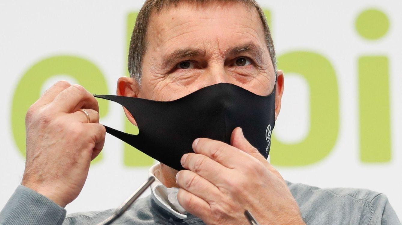 Otegi denuncia su bloqueo en redes sociales por hablar del cofundador de ETA