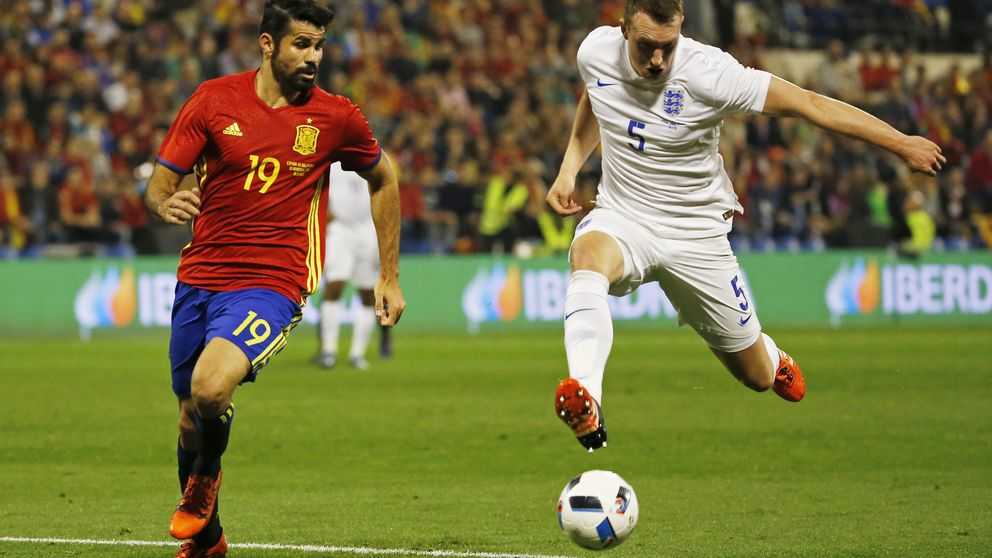 Diego Costa estira su suplicio: mustio en el Chelsea y seco de gol en la Roja
