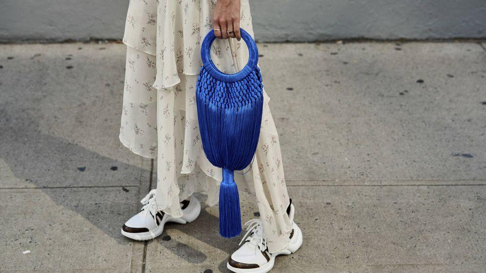 Foto: El bolso de rejilla es la perdición de las insiders. (Imaxtree)