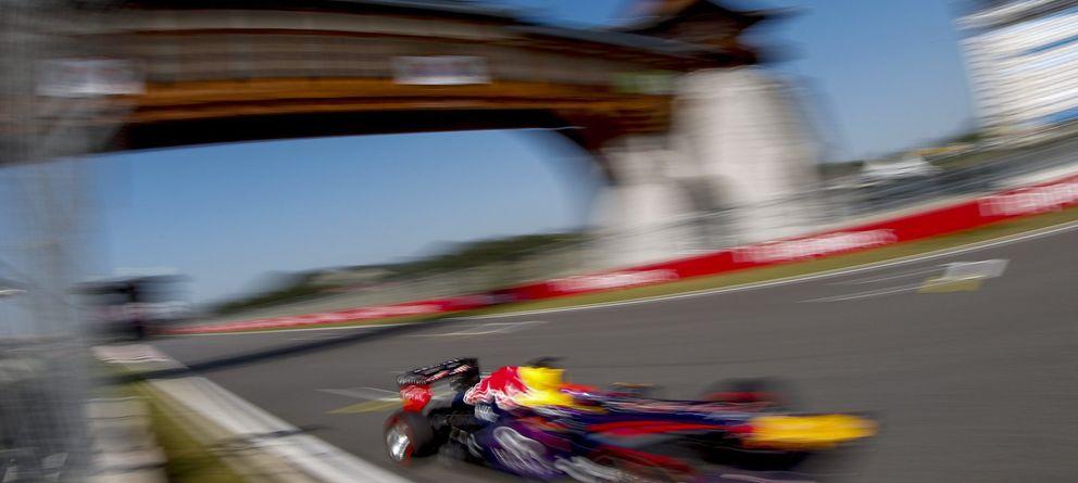 Vettel suma y sigue en Corea, y Alonso sólo puede ser sexto