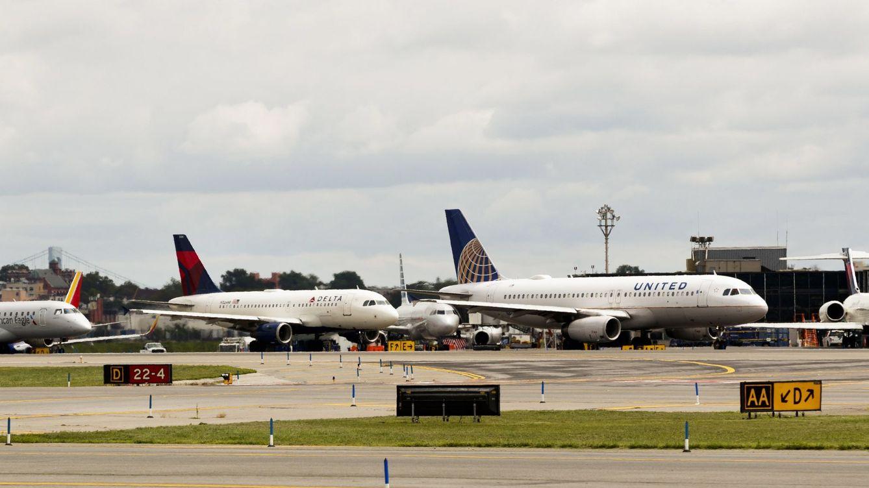 Sin aviones en el aeropuerto de Newark: cancelan vuelos por presencia de drones
