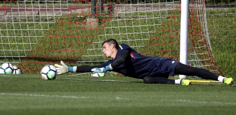 Foto: Kepa, durante un entrenamiento del Athletic Club. (EFE)