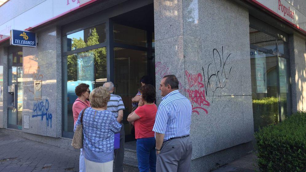 Noticias del banco popular tranquilidad entre los empleados del banco popular es lo mejor que - Banco popular oficinas madrid ...