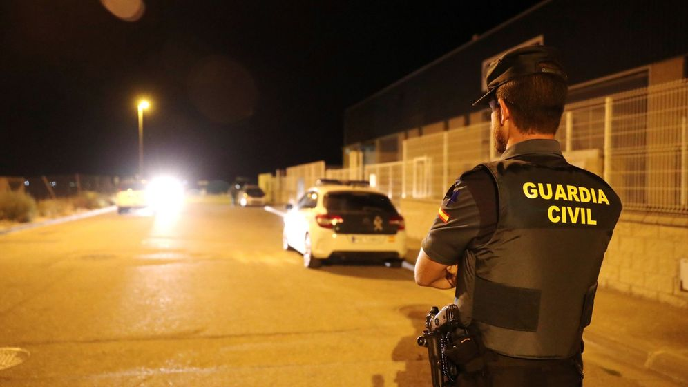 Foto: Los agentes de la Guardia Civil y la Policía Local de Utebo y Casetas están en el punto de mira del acusado (EFE/Javier Cebollada)