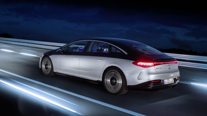 El Mercedes-Benz EQS será el primer modelo eléctrico de la marca que pueda usar el nuevo sistema de recarga 'Plug & Charge', que facilita el proceso.