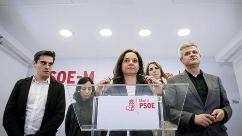 El PSOE cree insuficiente la dimisión de Aguirre, apunta a Rajoy y mira a C's