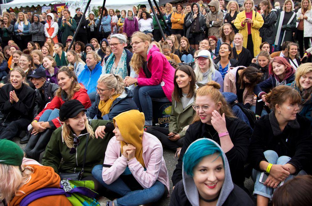 Foto: Participantes del festival para mujeres de Gotemburgo, Bananpiren. (Reuters)