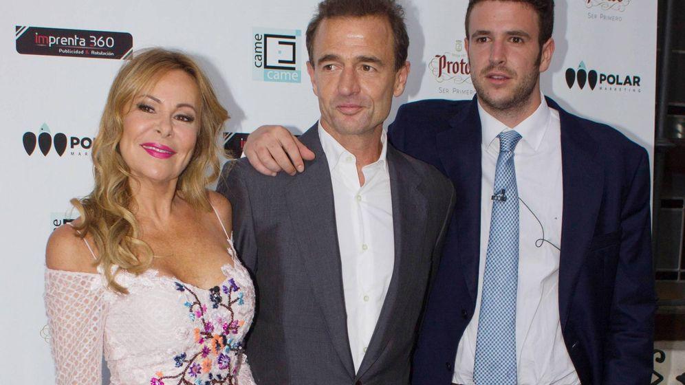 Foto: Ana Obregón y Lequio, junto a su hijo Álex. (Cordon Press)