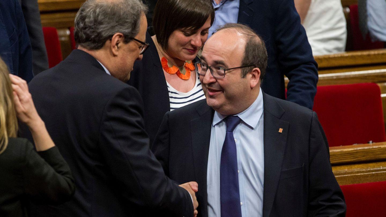 Quim Torra y Miquel Iceta en el Parlament. (EFE)