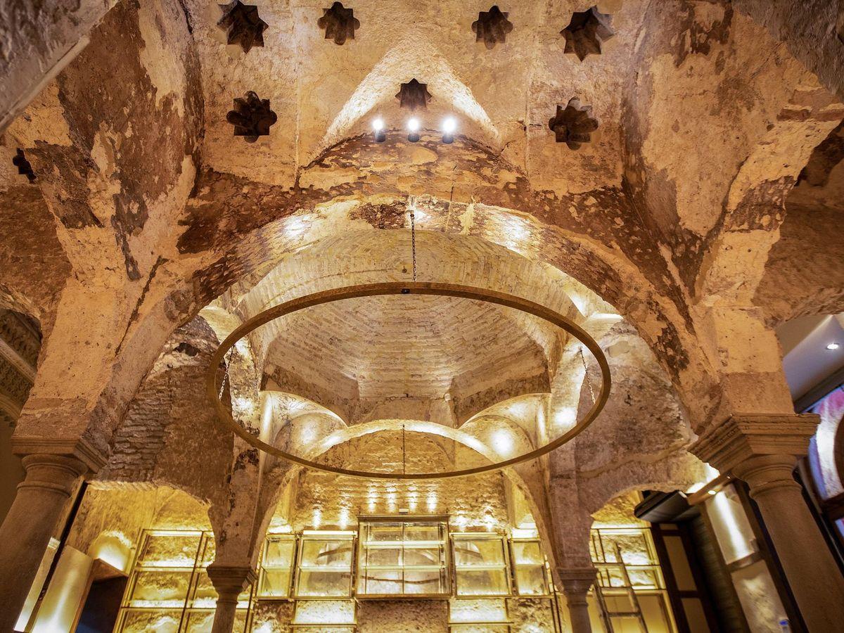 Foto: Las obras han sacado a la luz un hamán del siglo XII. (EFE/José Manuel Vidal)