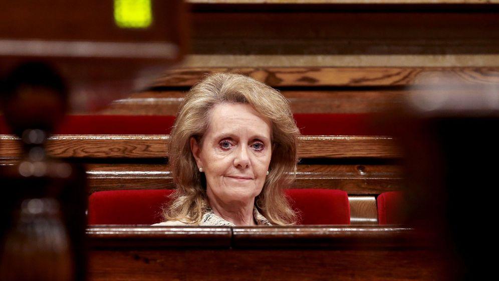 Foto: La 'consellera' de Cultura de la Generalitat, Mariàngela Vilallonga, en el Parlament. (EFE)