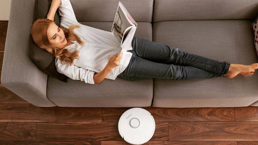 Limpieza rápida en casa gracias al robot aspirador mejor valorado de Amazon