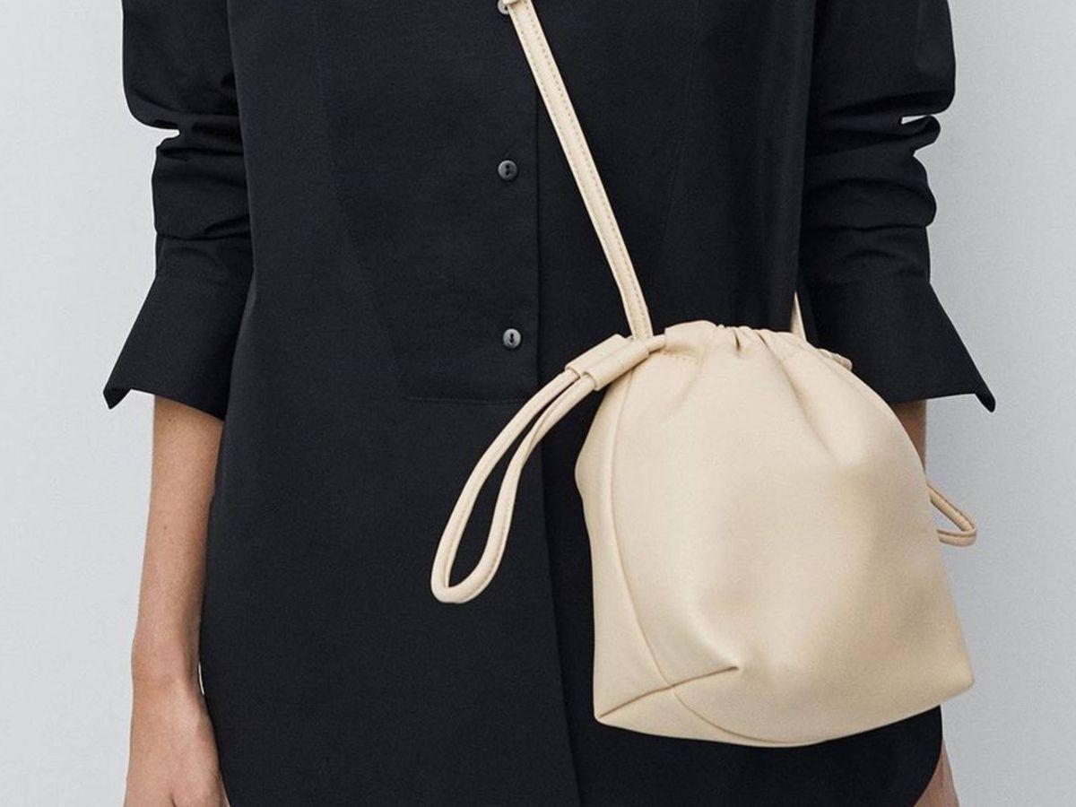Foto: El bolso de piel de Massimo Dutti. (Cortesía)