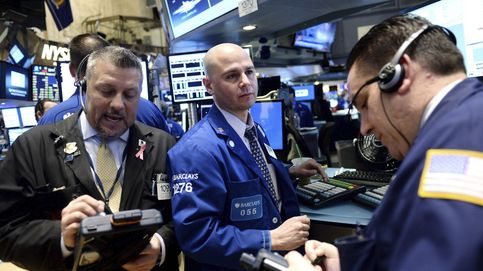 A Wall Street le sigue deprimiendo el entusiasmo del dólar