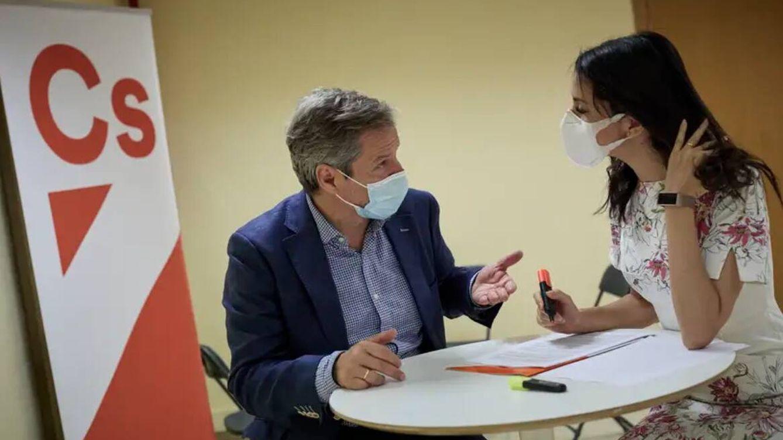 Ciudadanos busca una alianza con los críticos del regionalismo aragonés