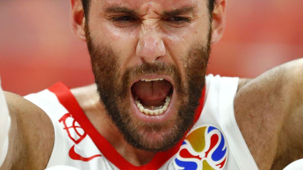 Foto: Rudy Fernández celebra un triunfo de la selección. (Reuters)
