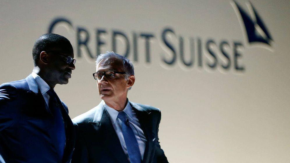 Foto: Presidente de Credit Suisse Urs Rohner y exCEO Tidjane Thiam (Reuters)