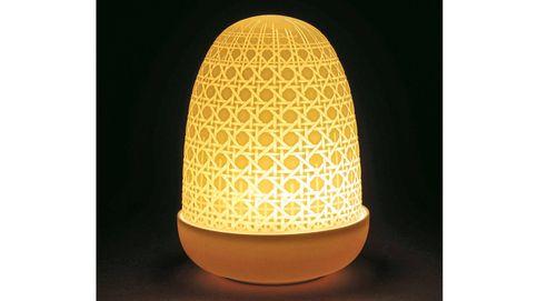 La marca de porcelana Lladró evoluciona al calor de la luz