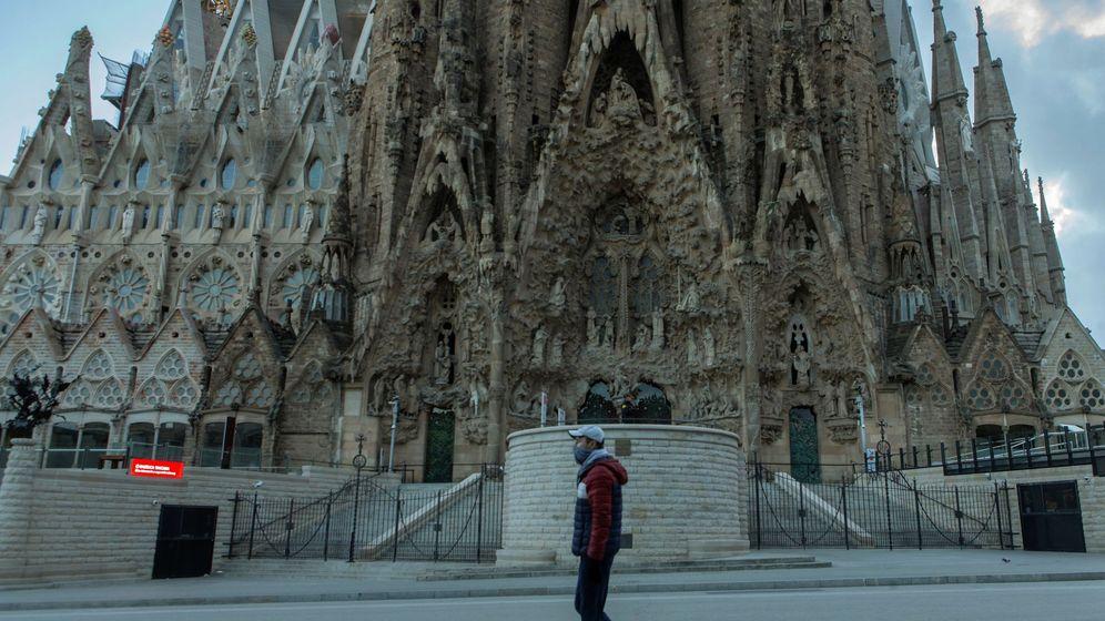 Foto: La Sagrada Familia, sin colas para entrar. (EFE)