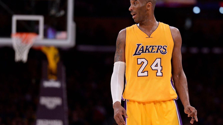 Siete triples del mejor Kobe Bryant evitan que los Lakers sufran una derrota histórica