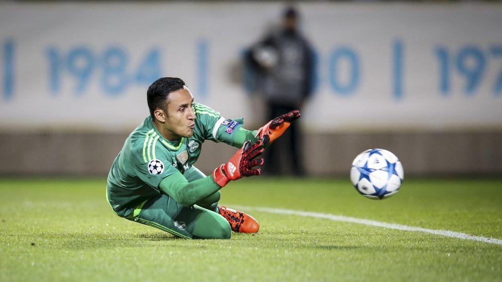 Foto: Keylor Navas hace una parada durante un partido del Real Madrid (Reuters).