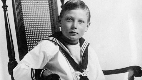 Autista, epiléptico y oculto: 115 años del nacimiento del príncipe John (tío de Isabel II)