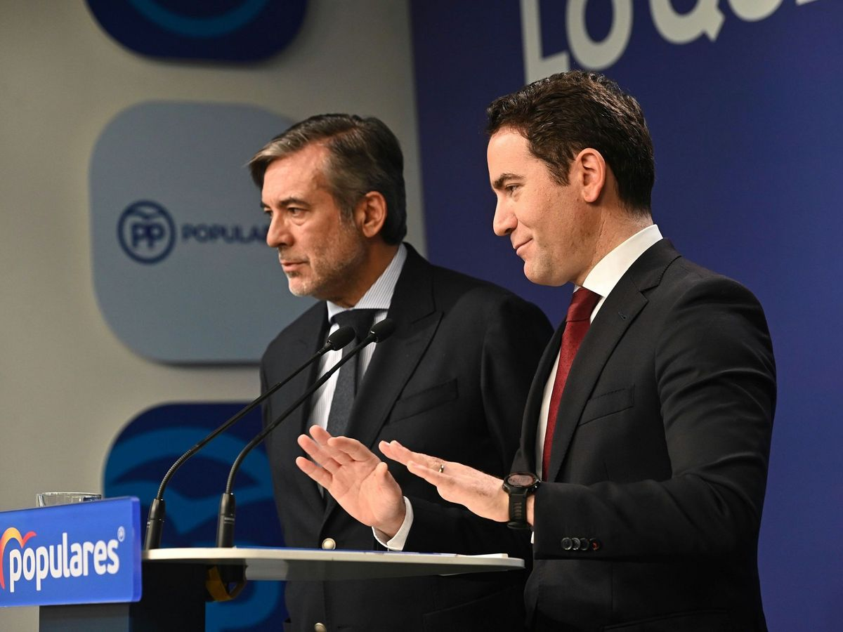 Foto: Rueda de prensa de Teodoro García Egea y Enrique López en la sede del PP. (PP)