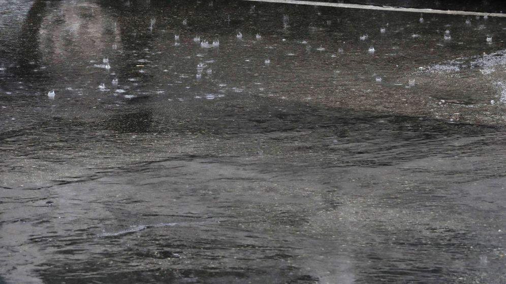 Noticias De Madrid La Lluvia Se Ceba Con Madrid Cortes En Las