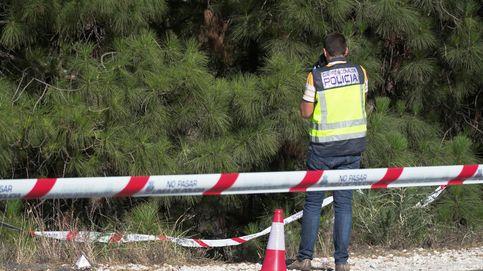 Hallan un cadáver con cuatro tiros en una carretera de Marbella (Málaga)