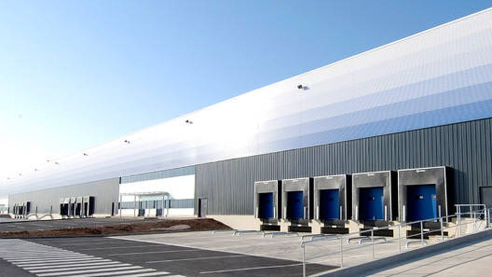 Logicor (Blackstone) compra los centros logísticos de H&M y Carrefour