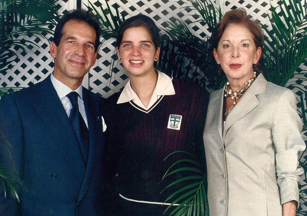 Foto: Víctor Vargas y Carmen Santaella junto a su hija Margarita, en una imagen de archivo (I.C.)