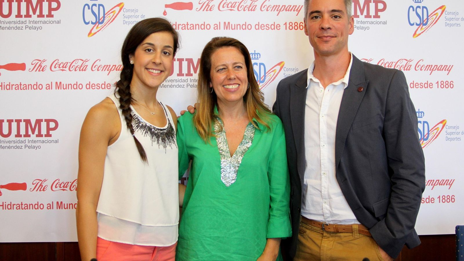 Foto: Carolina junto a Ana Muñoz y Fernando Rivas (CSD).