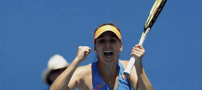 Foto: Belinda celebra su victoria ante Kimiko Date-Krum (Reuters).