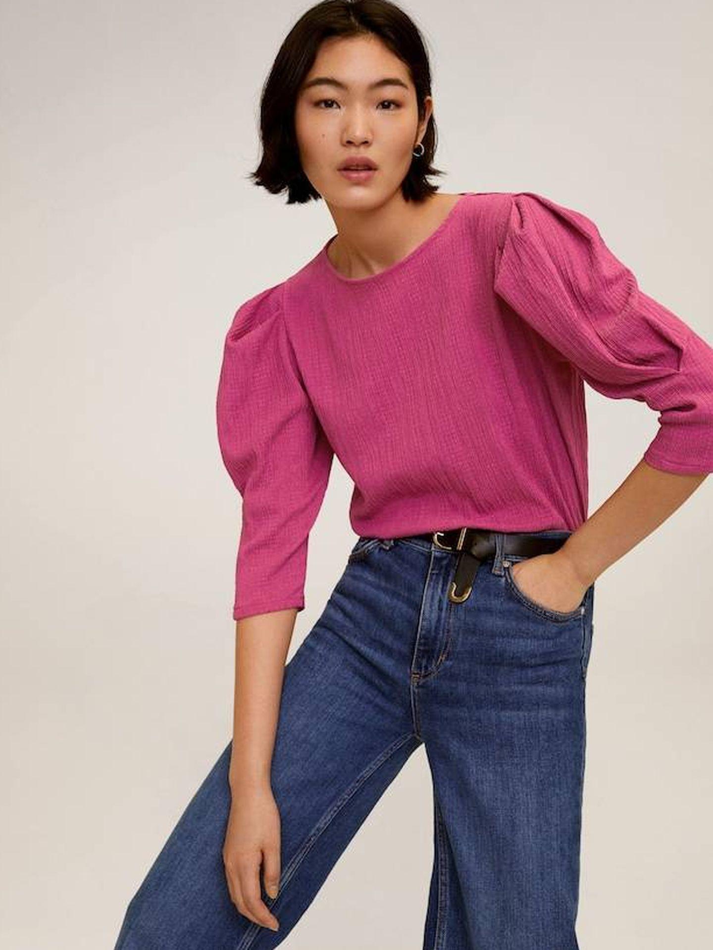 Blusa de mangas abullonadas de Mango Outlet. (Cortesía)