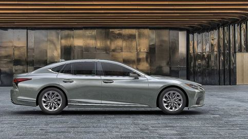 Más equipamiento y tecnología para las berlinas ES y LS de Lexus