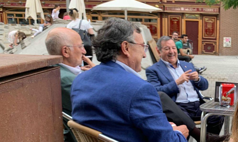 Foto: El presidente de Mercadona, Juan Roig, a la izquierda de la imagen. (EC)