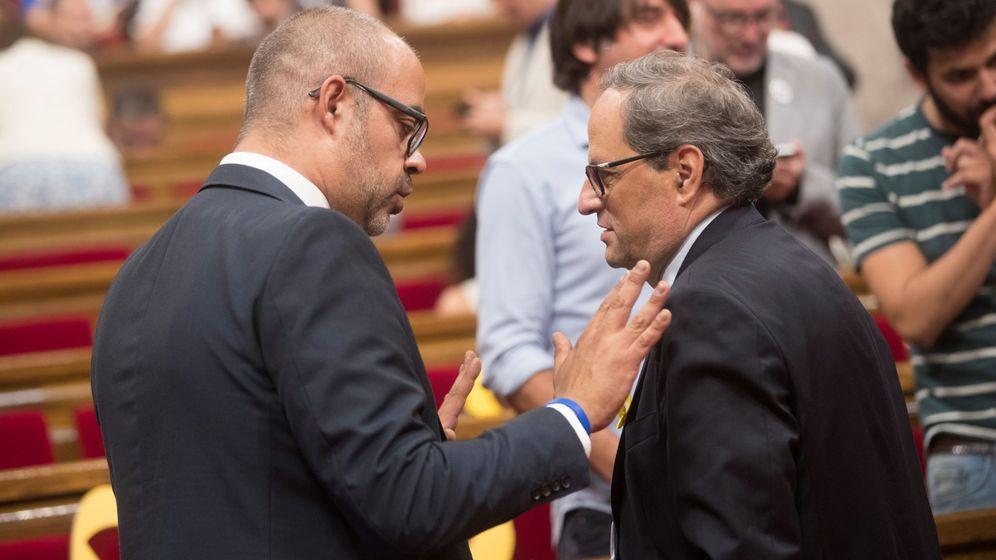 Foto: El presidente de la Generalitat, Quim Torra, y el 'conseller' de Interior, Miquel Buch. (EFE)