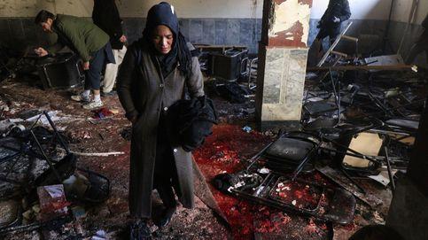 Estado Islámico reivindica el doble atentado suicida de Kabul que ha dejado 40 muertos