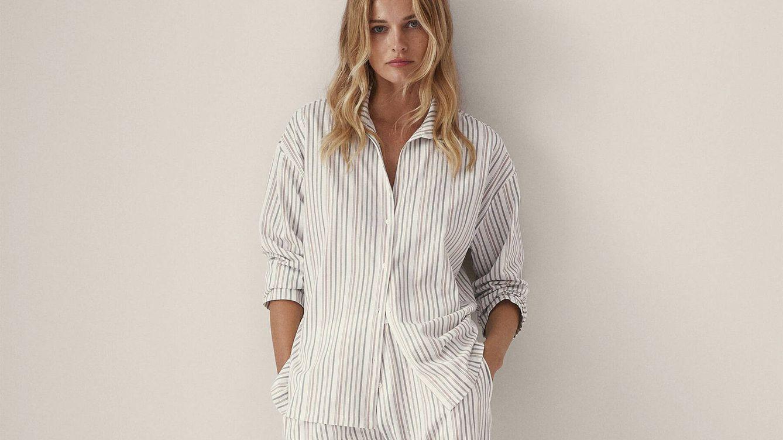 La nueva sección de lencería de Massimo Dutti es magia: sujetador, vestido y camisa que lo prueban