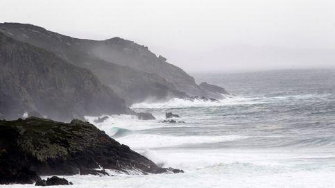 La entrada de un frente atlántico dejará hoy lluvias y viento en el norte