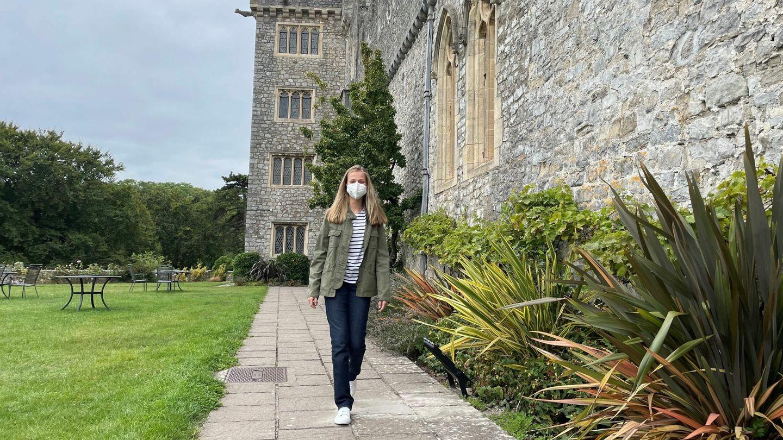 La princesa Leonor de Borbón, a su llegada al UWC Atlantic College de Gales. (EFE)
