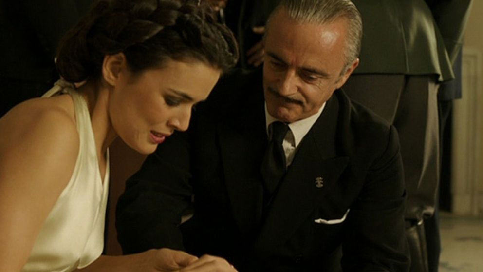 Mediaset adaptará la última novela de Nieves Herrero