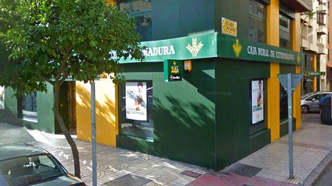 EXTREMADURA.-Sucesos.- Dos detenidos tras atracar una sucursal bancaria en Badajoz armados con un hacha y un cuchillo