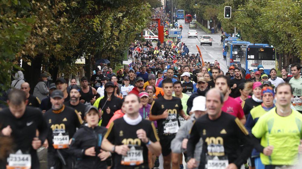 Foto: Más de 27.000 corredores participaron este domingo en la 55ª edición de la Behobia-San Sebastián. (EFE)