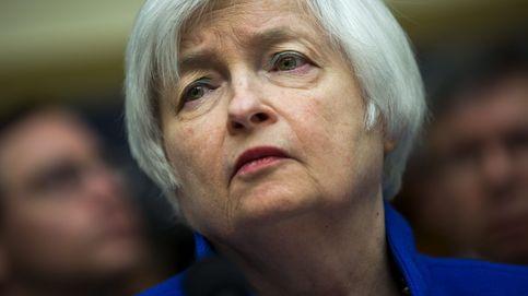 Yellen admite que hay más riesgos, pero mantiene la intención de subir los tipos