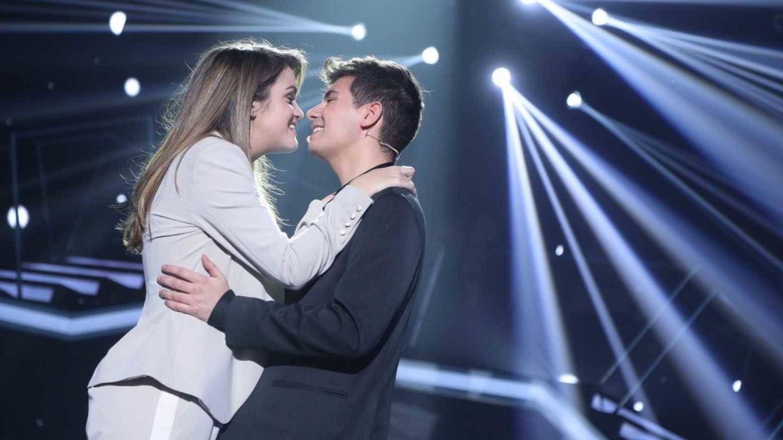Amaia y Alfred, durante una actuación en 'Operación Triunfo'. (RTVE)
