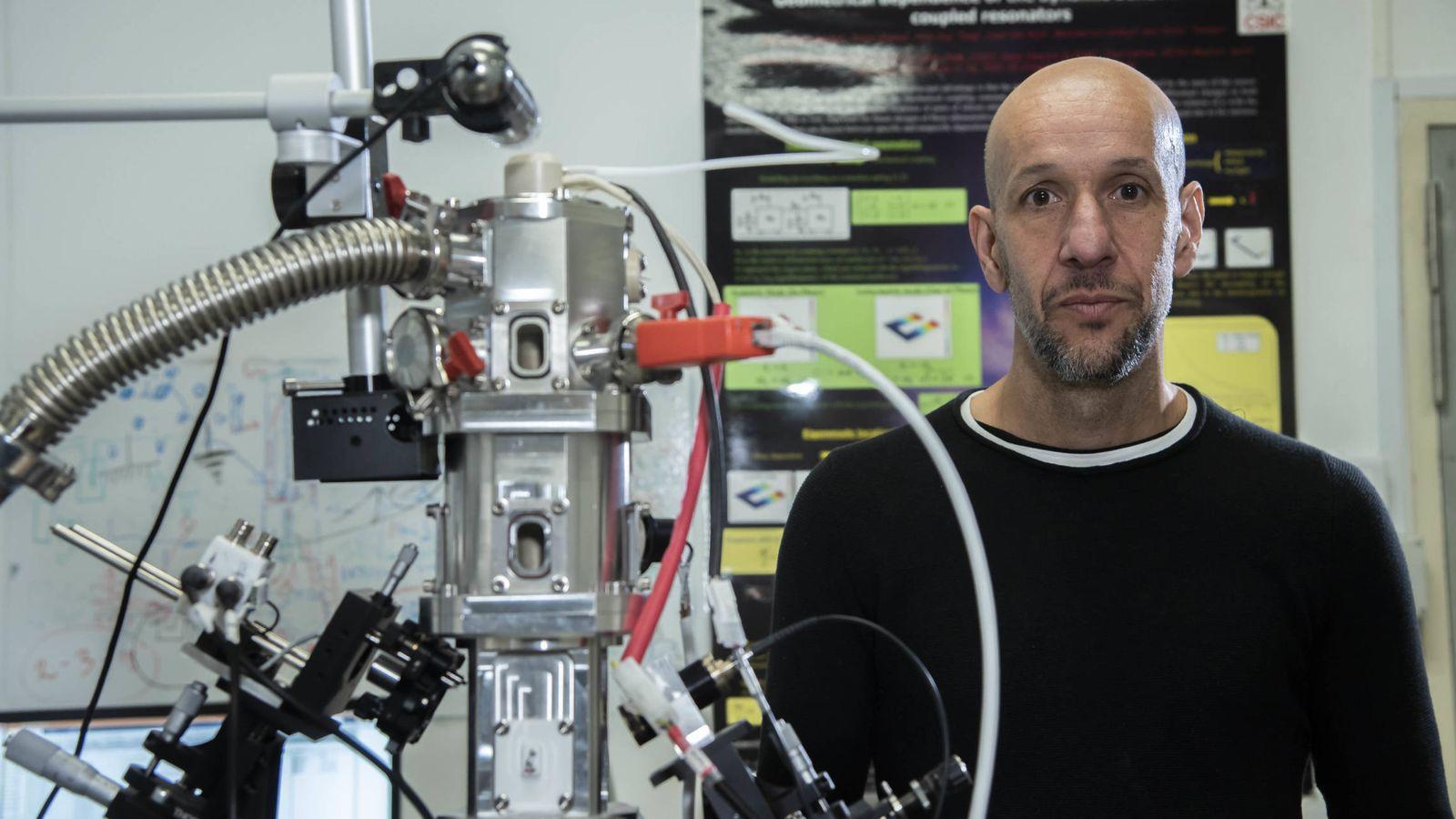 Foto: Javier Tamayo, en su laboratorio. (Fundación BBVA)